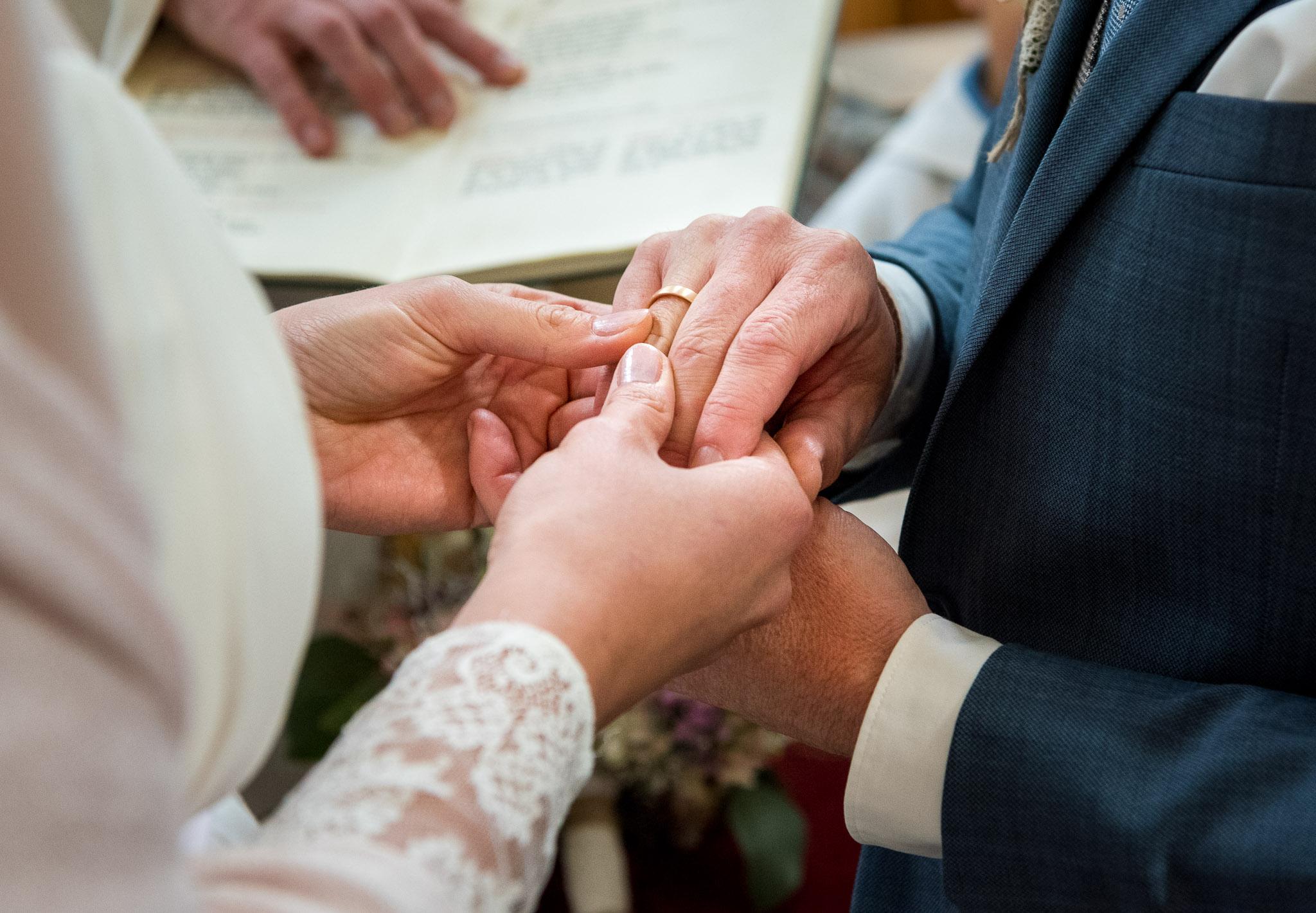 Hochzeit am Attersee, Ringzeremonie